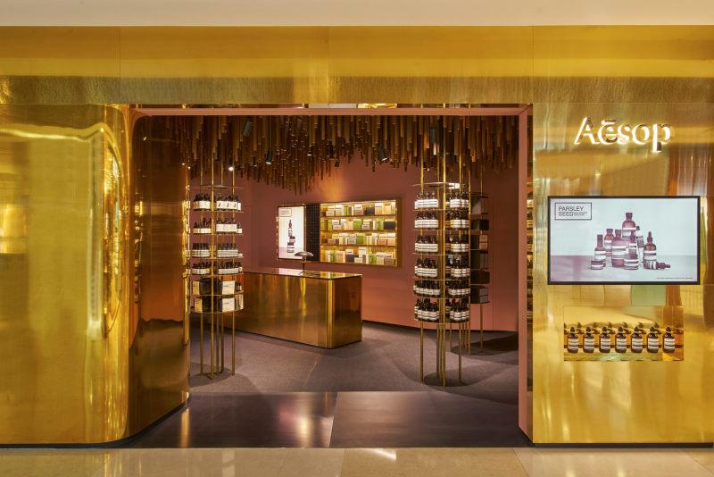 新加坡伊索ion商店现代风格室内设计实景图