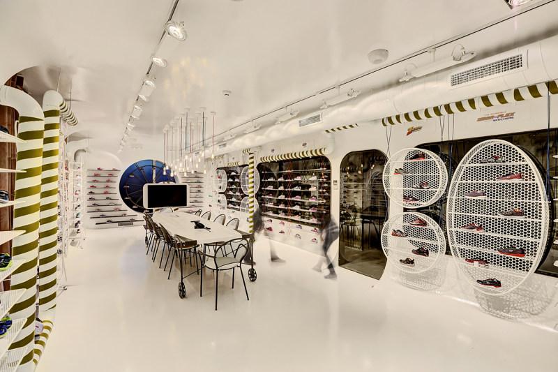 商業空間 店鋪設計 商場 銷售中心 展廳 休閑 空間結構 流線 工業風