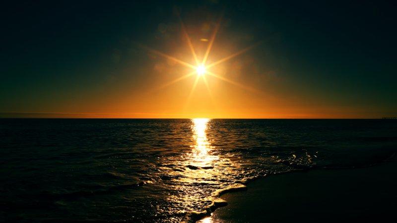 背景 自然图片 自然风景 海上的太阳摄影图 高清背景图片 壁纸 大自然