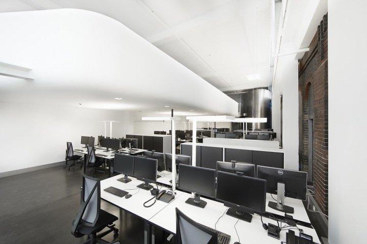 德国非比寻常阁楼 办公空间设计实景图