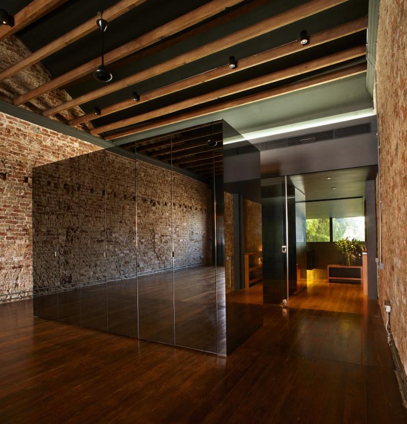 新加坡『幸运书屋』工业风格室内设计实景图图片