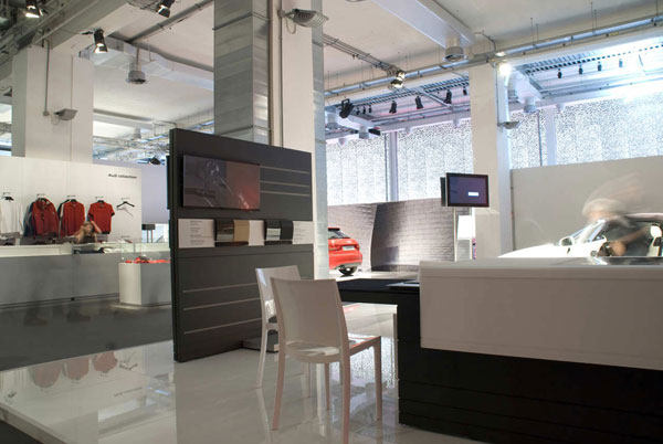 米兰的奥迪展厅展览展示室内设计实景图