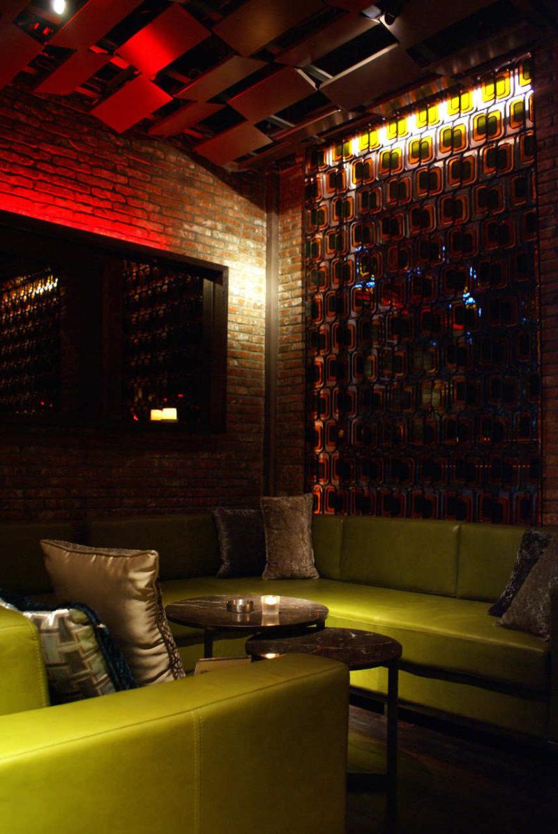 褐石酒吧 kokaistudios休闲娱乐类室内设计效果图