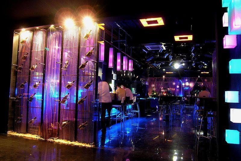 波斯猫酒吧休闲娱乐类室内设计效果图