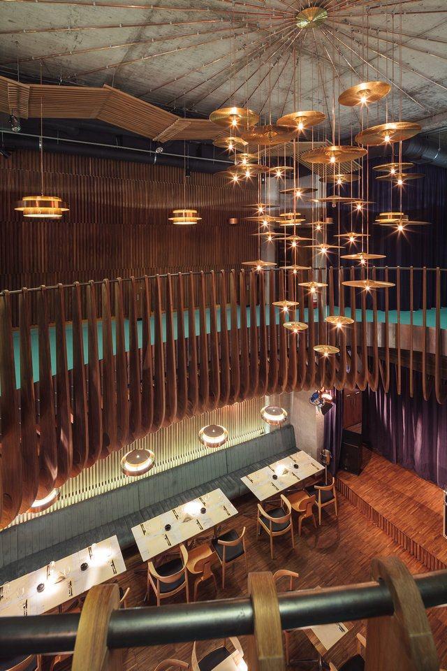 羅馬尼亞愛馬仕俱樂部餐廳工業風格室內裝飾裝修設計實景圖