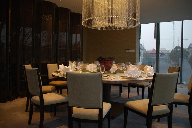 梁志天——北京前门某餐厅中式风格室内装饰装修设计实景图
