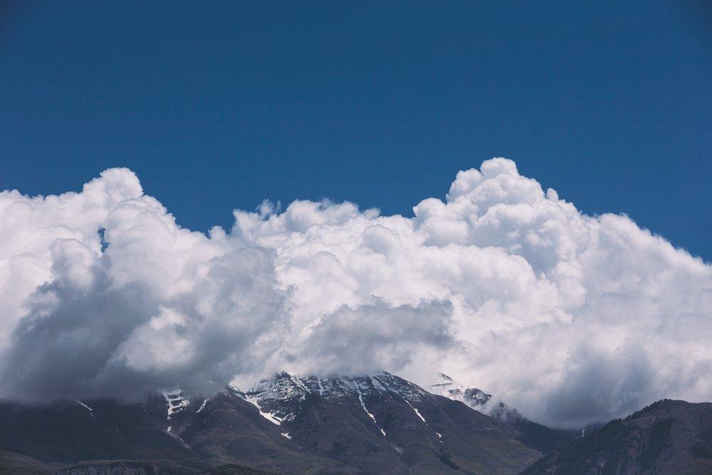 山峰云海 高清自然风景背景摄影图 壁纸